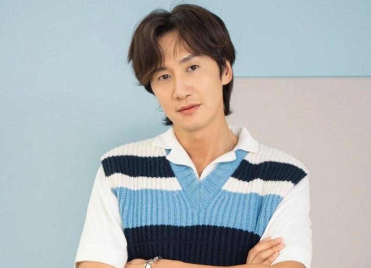 Biodata, Profil, dan Fakta Lee Kwang Soo